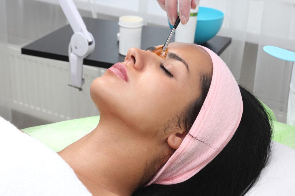 patient receiving Retin-A treatment